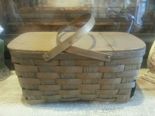 VINTAGE PICNIC BASKET SPLIT WOOD WOVEN  LARGE SIZE SWING HANDLES **ROUGH**