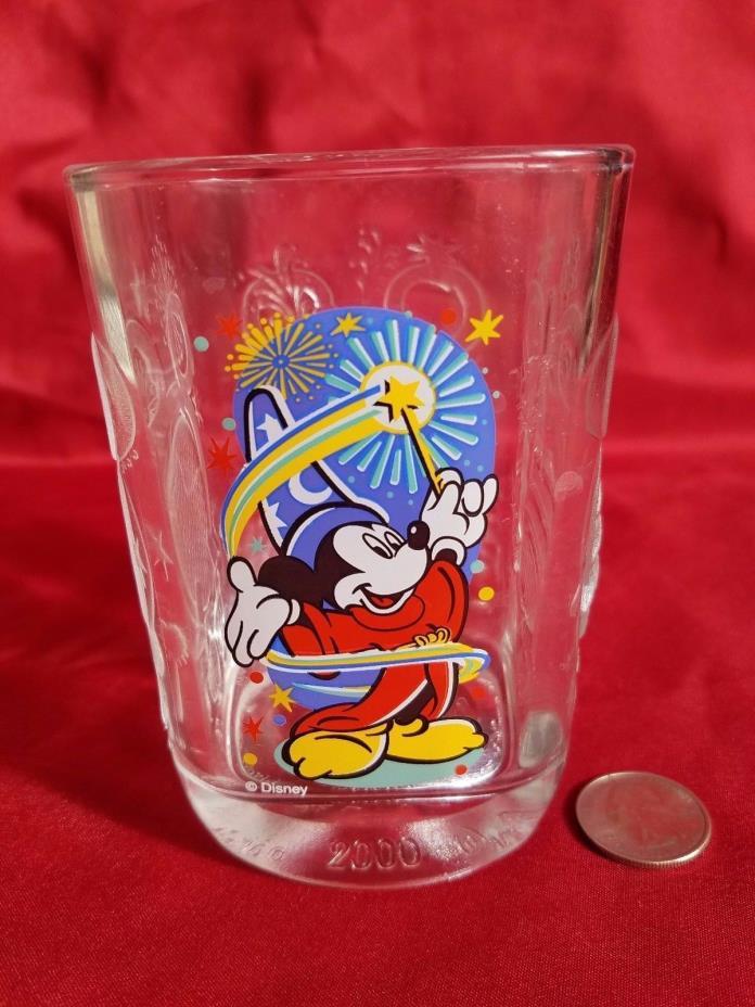 WALT DISNEY WORLD McDonalds 2000 MICKEY MOUSE CELEBRATION SQUARE GLASS