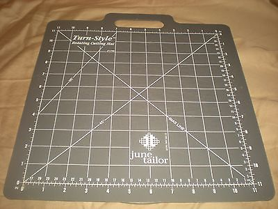 June Tailor Turn Style Rotary Cutting Quilting Mat