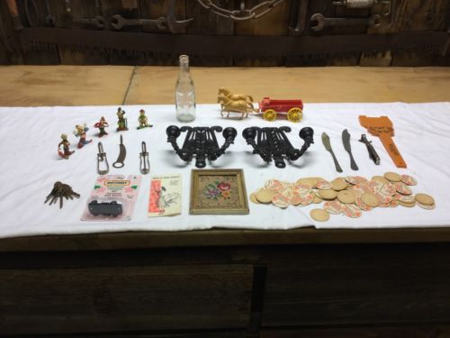 JUNK DRAWER ANTIQUE LOT WILTON CAST CANDLE HOLDERS, CLOWNS, OTHER