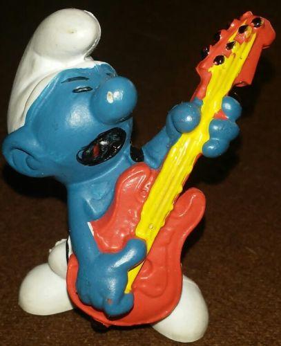 Vintage 1977 Peyo Shleich Rock 'n Roll Smurf 20023 PVC Figure