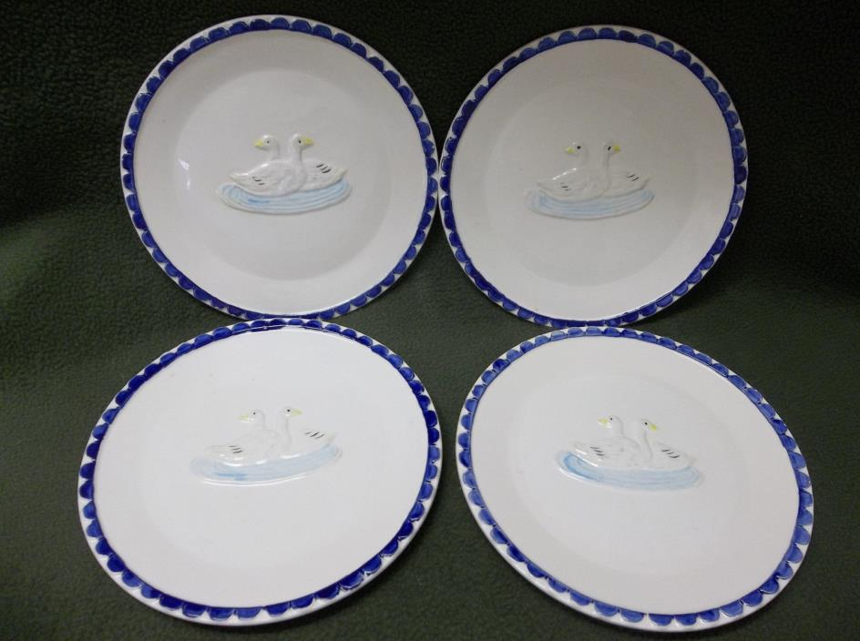 VTG. A GAGGLE OF GEESE SIGMO 4 PLATES 6 1/2