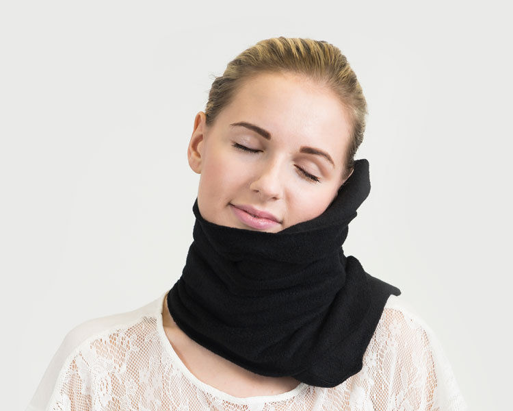 TRTL Pillow Super Soft Neck Support for Flight Travel Black NIP