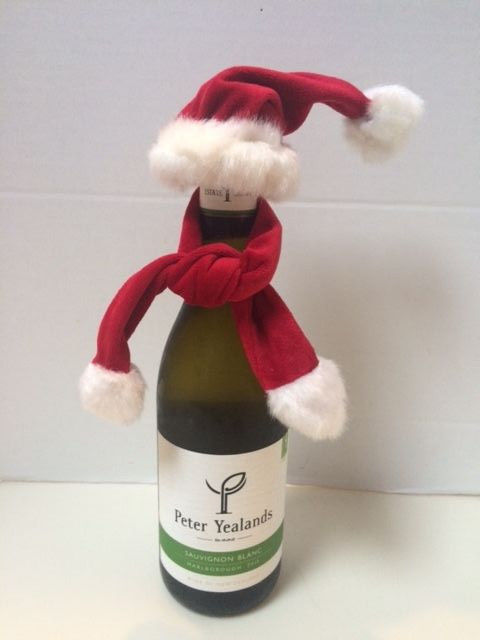 Pottery Barn Wine Bottle Topper Red Santa Hat and Scarf  New with Tags