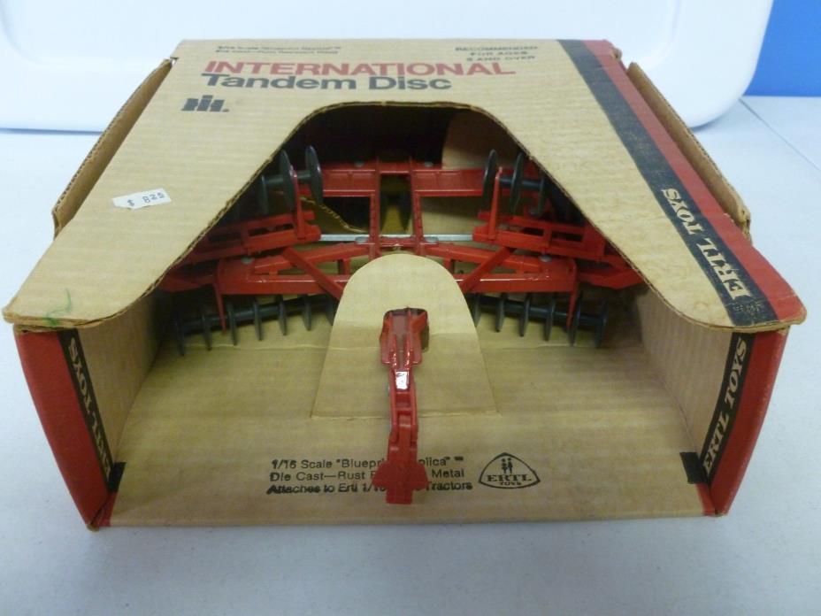 Ertl Toys International Tandem Disc in Original Box 1/16