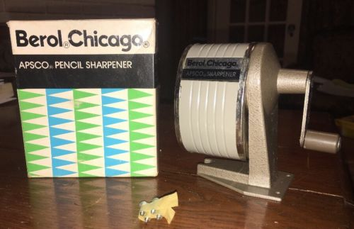 VINTAGE NOS BEROL  APSCO SINGLE HOLE PENCIL SHARPENER WALL DESK MOUNTING