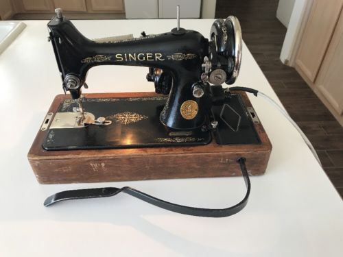 Vintage Singer Portable Sewing Machine No. 99-13, Complete Set, Works, Free Ship