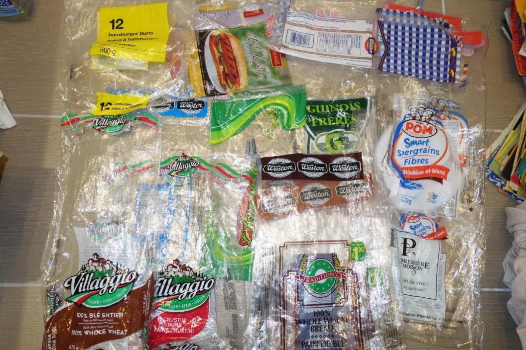 Lot of *38* Bread Bagel Bags CANADA QUÉBEC Sacs à pain POM Villaggio FOOD STORE