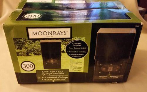 Moonrays 300-Watt Weatherproof Power Pack Low Voltage Landscape Lighting #95433