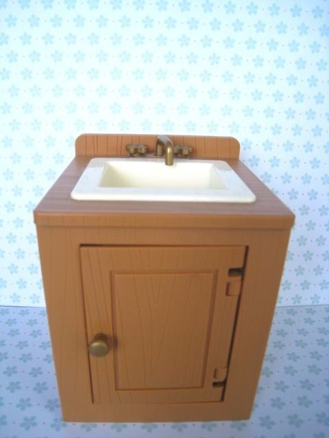Madeline Doll Kitchen Sink Dollhouse Furniture Accessory