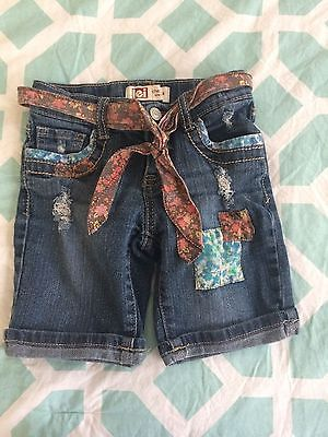 l.e.i. Chelsea Lowrise Girls Bermuda Jean Shorts 6X Regular w/ Patches