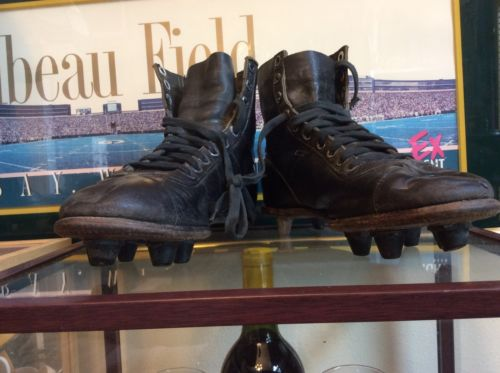 VINTAGE 1930s RAWLINGS FOOTBALL SHOES/CLEATS,GREAT DISPLAY ITEM.