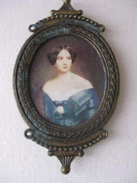 Antique Miniature Portrait Oval Brass Frame - Miniature Portrait 4