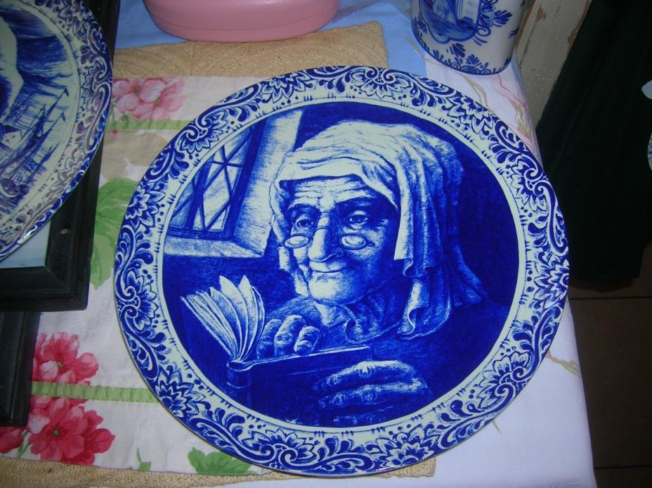 Vintage Boch Delft Plate Old Man and Old Women
