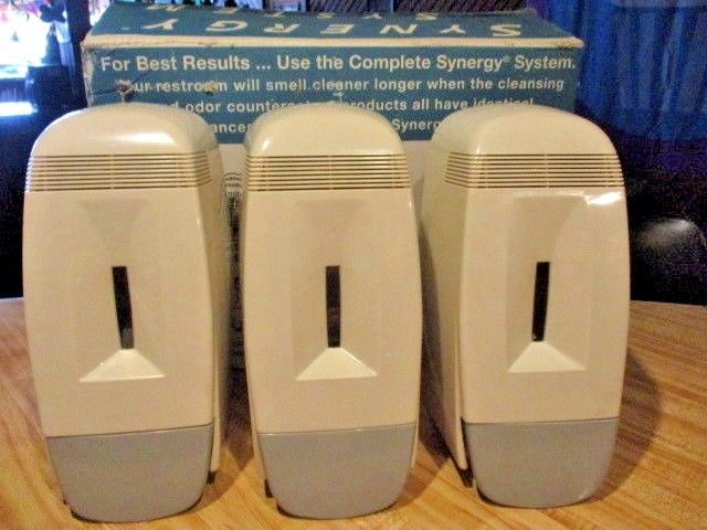3 NEW Tan/Gray PLASTIC Wall Mount Hand Pump SYNERGY SYSTEM Soap DISPENSERS/KEYS