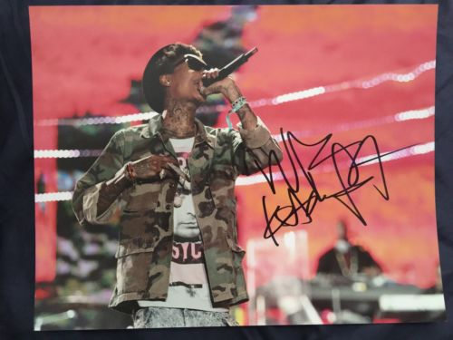 SIGNED WIZ KHALIFA 11 By 14 AUTOGRAPHED PHOTO! PERFORMING!