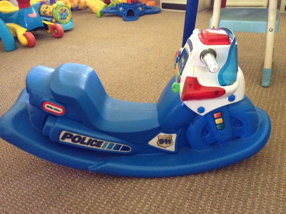 Little Tikes Police Motorcycle blue lights and sounds not working Child