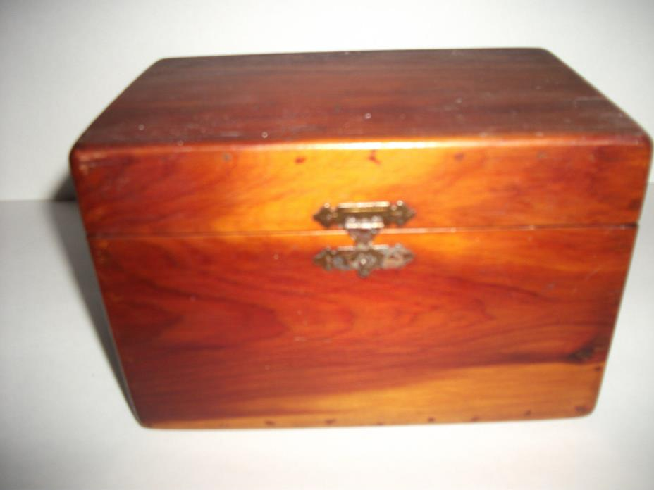 ANTIQUE WOOD BOX WITH BRASS HINGES WITH  BRASS CATCH ON FRONT