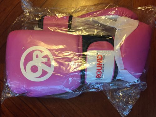 9 Round Women's Boxing Kickboxing Gloves New in Package