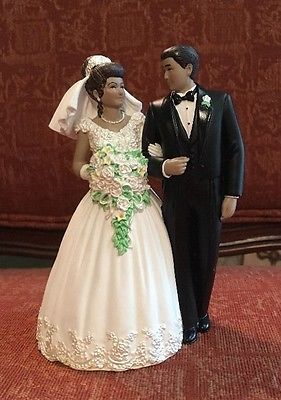 Wilton Wedding Cake Topper