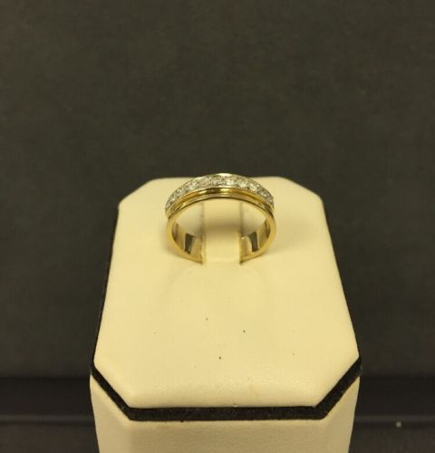 10k Yellow Gold Diamond Wedding Band Unisex