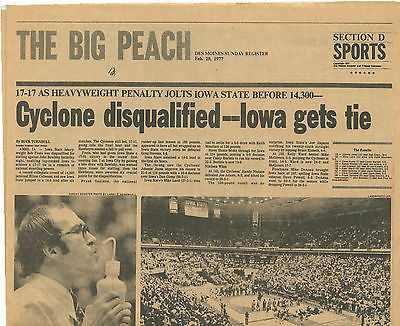 Iowa Hawkeyes Cyclones Wrestling 1977 Ronnie Lester Des Moines Register