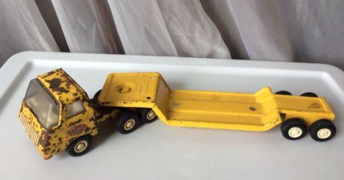 Vintage Tonka Toy Diecast Yellow Truck w/ Metal Flatbed Lowboy