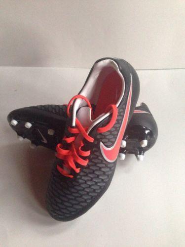 Nike Soccer Cleats. Magista Onda. Women's 7.5. New. $75 Retail.