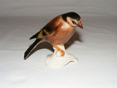 VINTAGE HUMMEL GOEBEL COLORFUL PORCELAIN BIRD FIGURINE