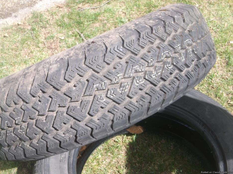 tire 225 75 15