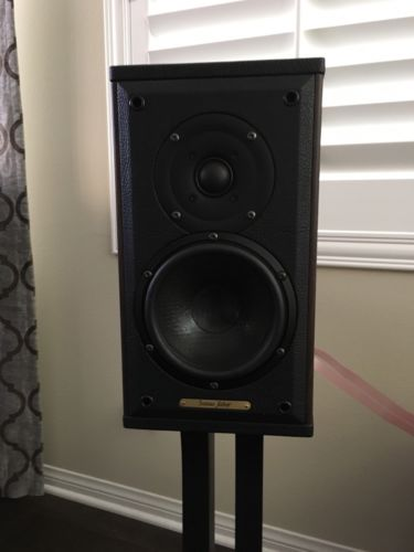 Sonus Faber Liuto Monitor Wood Speakers With Original Stands