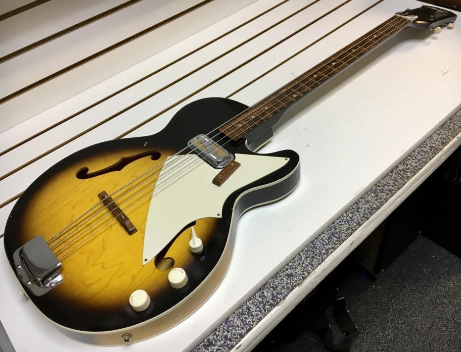 1965 HARMONY Vintage H-22 BASS GUITAR w/ Original CASE DeARMOND PU Batwing USA