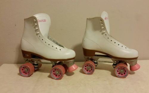 Chicago Roller Skates White with Pink Wheels Size 7 Ladies No Laces
