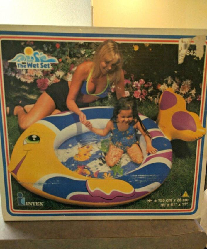 New INTEX The Wet Set Fish Inflatable Children's Kiddie Pool. Vintage