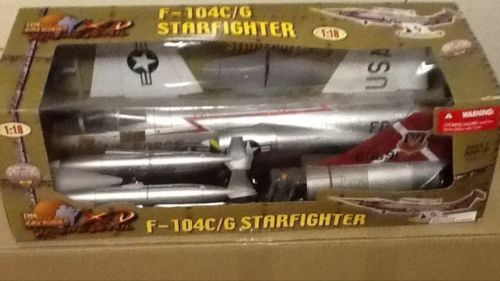 1:18 Ultimate Soldier F-104 Starfighter