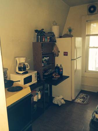 Private Rooms For Rent $360-$380/mo (South Side)
