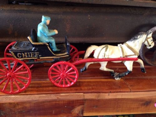 Vintage Cast Iron Horse Drawn FD Fire Chief Wagon Carriage with Driver