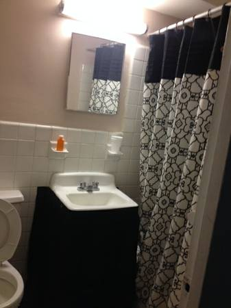 1 Hour Moving Rooms for Rent (Bronx NY)