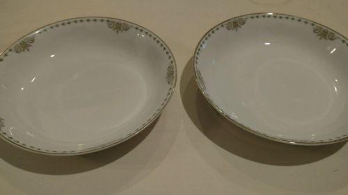 Heinrich H&C Selb Bavaria soup bowls 2. Gold trim