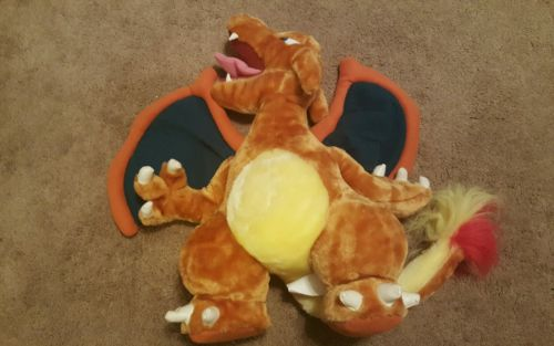 Pokemon Charizard Vintage Nintendo Play by Play 18 inches Large Plush Toys