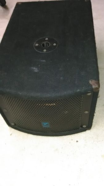 Yorkville LS200P Powered Subwoofer in Good Condition
