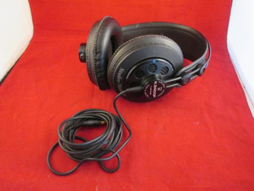 AKG K240DF Studio Monitor Stereo Headphones Excellent Condition