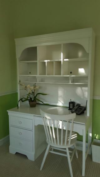 Beautiful White Bedroom Set