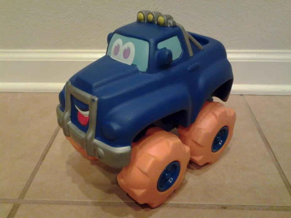 Tonka Hasbro 2002 Tucker Pick Up Truck Chuck N Friends Big Soft Cushy Sounds
