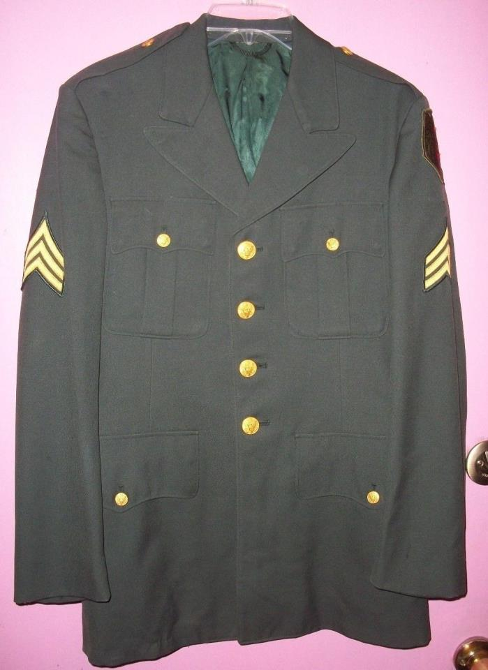 U.S.A. Army Dress Jacket Coat Vintage 100% Wool w/ Brass Buttons & Patches 1970s
