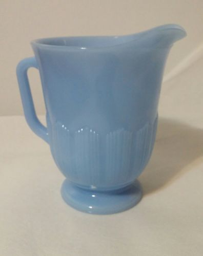 Pyrex Delphite Blue Milk Pitcher Pie Crust Pattern Vintage 5 1/2