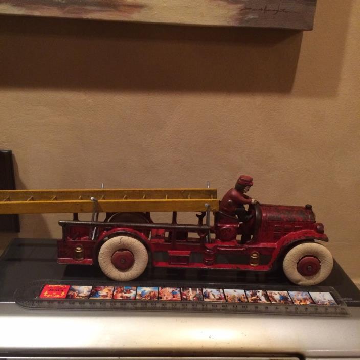 ANTIQUE large Kenton Toys cast iron fire ladder truck 1930s original paint