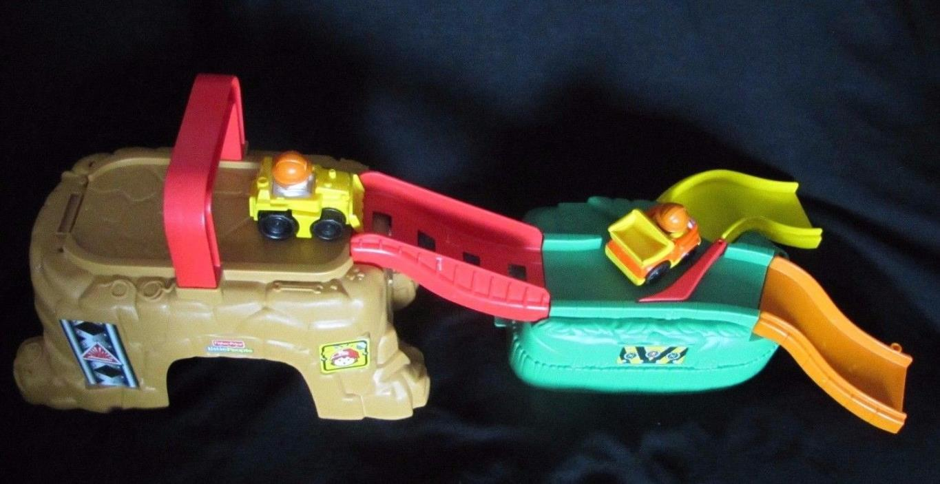 Fisher Price WHEELIES Play 'n Go CONSTRUCTION SITE V2749 w/ Dump Truck Bulldozer
