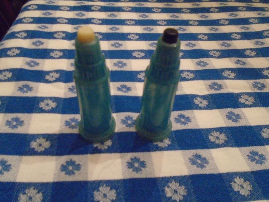VINTAGE BLUE SALT PEPPER SHAKERS