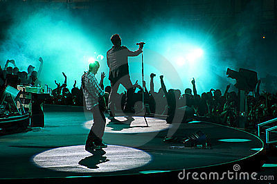 1 ticket for U2 Sec 19-L Row 7 Seat 17 Sunday 5/21 @ Rose Bowl  Great seat!!